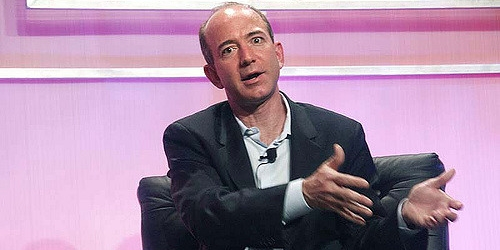 "Jeff Bezos: ""Armádě budeme pomáhat i nadále."" 
