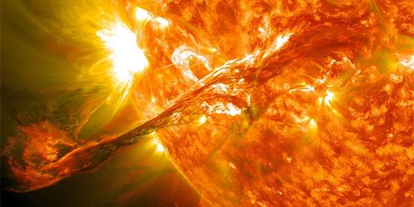 "<span class=""source"">Foto: <a href=""https://commons.wikimedia.org/wiki/File:Magnificent_CME_Erupts_on_the_Sun_-_August_31.jpg"" >NASA Goddard Space Flight Center</a>, <a href=""https://creativecommons.org/licenses/by/2.0 /deed.cs"">CC BY 2.0 </a></span>"