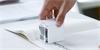 PrinCube: nejmenší mobilní barevná inkoustová tiskárna tiskne pomocí lidské ruky