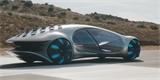 Mercedes ukázal, jak se jezdí v jeho autě budoucnosti. Koncept Vision AVTR dýchá s řidičem