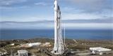 Když dopřeje počasí, odstartuje za chvíli raketa Falcon 9. Vynese už 14. várku satelitů Starlink