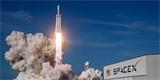 Muskova SpaceX bude zásobovat budoucí vesmírnou stanici Gateway