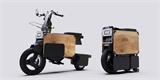 Tohle dokážou vymyslet jenom Japonci: skládací elektrický moped se vejde pod kancelářský stůl