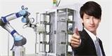 Jihokorejská kavárna kvůli COVID-19 začala využívat robotického baristu. Zvládne uvařit 60 druhů kávy