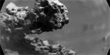 Rover Curiosity objevil na Marsu malý kamenný oblouk