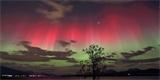 """Moderní věda rozluštila astronomickou záhadu """"rudého znamení"""" z japonské historie"""