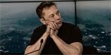 Elon Musk nadále zpochybňuje nebezpečnost koronaviru SARS-CoV-2