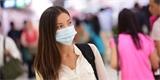 Běžná zdravotnická rouška před koronavirem ani jinými viry neochrání. To umí až respirátory nejvyšší třídy