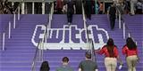 Twitchi se propadla sledovanost, ztratil některé oblíbené streamery. Stále je ale větší, než konkurence