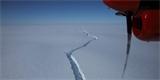 Od Antarktidy se odlomil obrovský ledovec – je bezmála třikrát větší než Praha