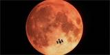 S nalezením mimozemšťanů by nám mohl pomoct Měsíc. Badatelé ho využívají jako obří zrcadlo