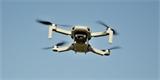 Registrace dronů byla děravá jako řešeto. Teď už ale není, používá totiž e-identitu