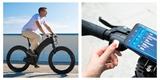 Tohle je Reevo. Futurističtější bike nenajdete. Má kola bez středů, zato se světly