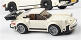 LEGO spojuje: Jak otec a syn postavili dvě stavebnice Porsche 911
