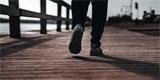 Pokud denně ujdete alespoň sedm tisíc kroků, snížíte tím riziko předčasného úmrtí o 50 až 70 %