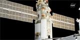 Nauka dělá po připojení k ISS problémy. Nečekaně zažehla své motory