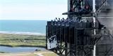 Video: NASA otestovala záchrannou lanovku pro astronauty. Stačí naskočit