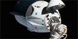 ELONOVINKY: Turisté se již příští rok proletí s Crew Dragonem. Cena bude astronomická