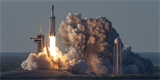 Hodnota SpaceX dosáhla 36 miliard dolarů. Projekt Starlink by v budoucnu mohl vstoupit na burzu