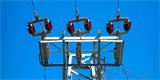 Elektrické vedení budou hlídat neuronové sítě. Rozpoznají, že se blíží nebezpečí