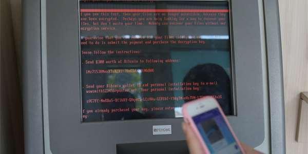 Výzva zobrazena po zašifrování souborů.