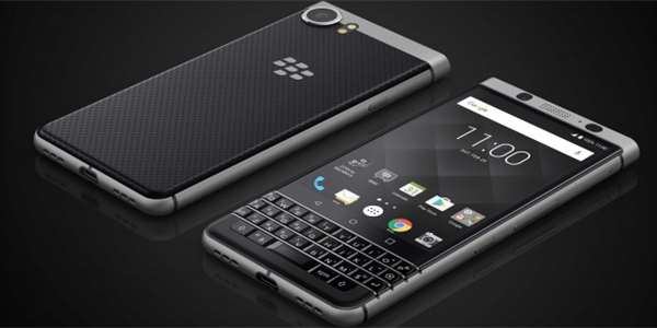 Model BlackBerry KeyOne.