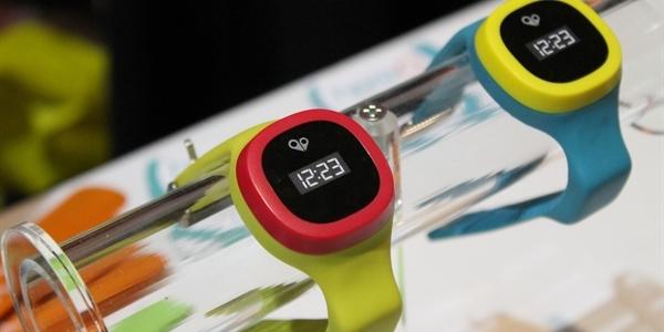 Chytré hodinky pro děti  Všechny je zničte cc5bf9d2b9
