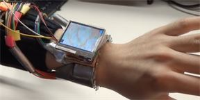 WristWhirl  prototyp chytrých hodinek 02bd3b37e0