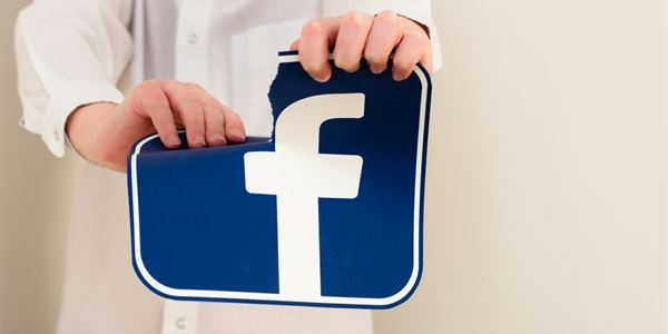 2be2062d3 Jak nepřijít o soukromí na Facebooku: není třeba hned rušit účet